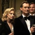 """Jude Law dévoile son côté obscur dans """"The Nest"""""""