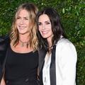 """Cette vieille photo de Courteney Cox et Jennifer Aniston qui rappelle les années """"Friends"""""""