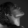 Jennifer Lopez apparaît métamorphosée avec une coupe à la garçonne