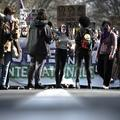 """""""Percuter l'illusion de l'égalité"""" : les féministes en rangs serrés pour la manifestation du 8 mars"""