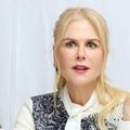 Cette curieuse vidéo de Nicole Kidman massant les pieds de sa sœur avec un soin au CBD