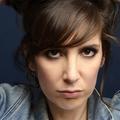 Nora Hamzawi : l'interview avant Internet, avant Instagram, avant les bouées licornes