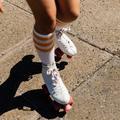 Cuisses fuselées, cardio et équilibre... Et si on se mettait au patin à roulettes?