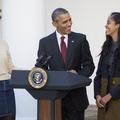 """Barack Obama raconte le stress de ses filles que les services secrets suivaient """"durant leurs rendez-vous amoureux"""""""
