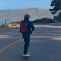 En vidéo, le fils de Julia Roberts en skateboard, un adolescent comme les autres