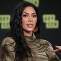 Salaires non payés, pas de pause repas... Sept ex-employés de Kim Kardashian l'accusent de les avoir exploités