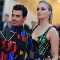 Soirée piscine à Las Vegas : en images, le mariage entre amis de Sophie Turner et Joe Jonas