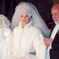 Châteaux, kilomètres de dentelle et pièces montées : les mariages les plus extraordinaires des célébrités