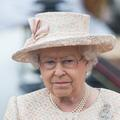 """Quand Buckingham Palace refusait d'employer des """"immigrants de couleur ou des étrangers"""" à des hautes fonctions"""