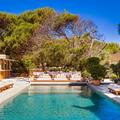 En photos : visite du Gigi Ramatuelle, le nouveau club de plage qui fait rêver Saint-Tropez