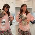 Jennifer Garner et son sweat porte-chat : la démonstration vidéo peu concluante