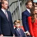 Tel prince, tel fils : William et son fils George en costume-cravate pour le match de l'Angleterre à l'Euro