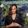 Avec Alicia Vikander, Louis Vuitton met en orbite sa collection de haute joaillerie Bravery à Monaco