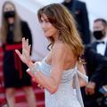 Marion Cotillard, Carla Bruni-Sarkozy... La robe naïade électrise le tapis rouge de Cannes