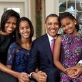 """""""Les filles ont peur de Michelle"""" : Barack Obama se définit comme le parent """"cool"""" de la famille"""