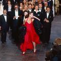 Cannes lui appartient : le grand show de Sophie Marceau sur les marches du festival