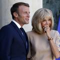 """Le couple Brigitte et Emmanuel Macron : """"Leur 'charnellité' est très présente"""""""