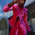 Manteau flashy, pull stabilo... Un vestiaire flamboyant pour habiller la rentrée