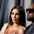 """Kim Kardashian surprise en train d'""""écouter"""" l'album de Kanye West... le son coupé"""