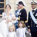 En images, le baptême princier de Julian, le fils de Sofia et Carl Philip de Suède