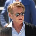 """""""C'est comme pointer une arme sur quelqu'un"""" : Sean Penn s'indigne contre les non-vaccinés"""