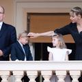 """""""Elle se voit comme la protectrice des héritiers et non comme la princesse de Monaco"""" : un ami de Charlene se confie"""