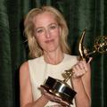 """Gillian Anderson rafle un Emmy Award, vingt-quatre ans après celui d'""""X-Files"""""""
