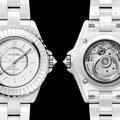 Chanel lance son iconique montre J12 en version mini