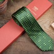Osez la cravate pour la Fête des pères avec Dare in Paris