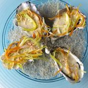 Huîtres chaudes et julienne de légumes en coquille