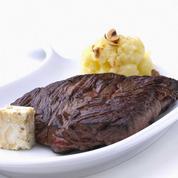 Onglet de bœuf, purée de rattes et beurre de roquefort et pommes fruits