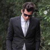 Mark Ronson à l'enterrement d'Amy Winehouse