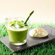 Crème d'asperge verte glacée et chantilly au comté