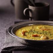 Soupe de lentilles et crevettes à l'indienne