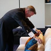 Rencontre avec Gilles Carletto, l'un des rares majordomes au service des stars à Cannes
