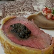 Filet de bœuf en habit, sauce au caviar pressé