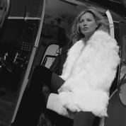 Kate Moss se dénude pour Saint Laurent