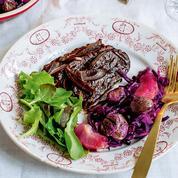 Moelleux au chocolat, champignons rôtis et Tatin de légumes, que servir à ses convives végans pour Noël ?
