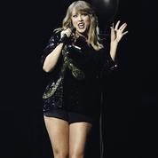 Taylor Swift attaquée par les internautes après s'être félicitée de son année 2017