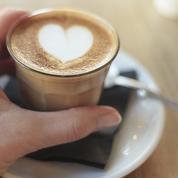 Coffee latte art en cœur