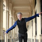 Paris dans les pas d'Antoine de Caunes