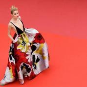 Amber Heard et sa robe Valentino à fleur de peau
