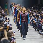 Mode homme : l'été futuriste d'Hermès à Shanghai selon Véronique Nichanian