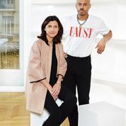 Longchamp signe une collaboration avec le designer aussi brillant que subversif Shayne Oliver