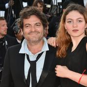 Billie Chedid, la fille de M, esquisse ses premiers pas au Festival de Cannes