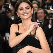 Le problème de bretelles de Penélope Cruz pour l'ouverture du Festival de Cannes