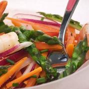 Salade fraîche d'asperges vertes et crevettes à la Bière de Printemps