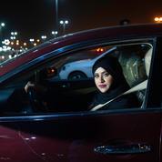 Les Saoudiennes peuvent conduire, mais la société reste