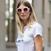 Quel soutien-gorge glisser sous un tee-shirt blanc ?