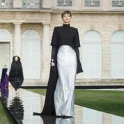 Givenchy, l'émotion couture selon Clare Waight Keller